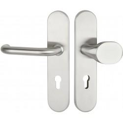 BASIC 01  Edelstahl matt. Schutzbeschlag für Wohnungseingangstüren mit Feuerschutz